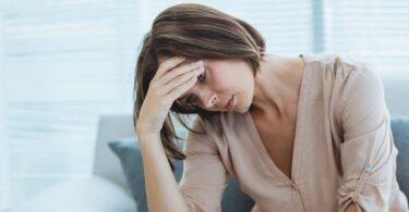 Mujer muy estresada