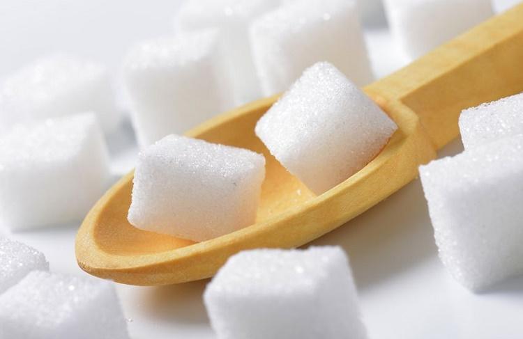 Azúcar refinada puede causar problemas de retención de líquidos