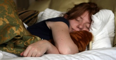 3446166224_b87396dd60_b_women-sleep
