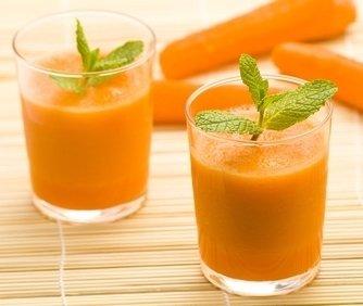 Jugos naturales para desinflamar el vientre manzana zanahoria