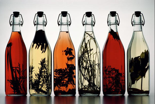 Dise os con botellas de vidrio recicladas for Botellas de cristal ikea