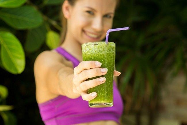 Jugo verde ideal para comenzar el día lleno de energía