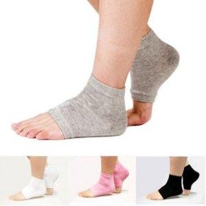 calcetines en los pies