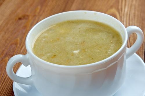Un caldo de cebollas para reducir el ácido úrico