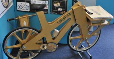 bicicleta-carton-phil-bridge-por-johnthescone-500x332