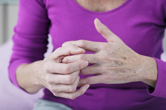 dolor articular articulaciones