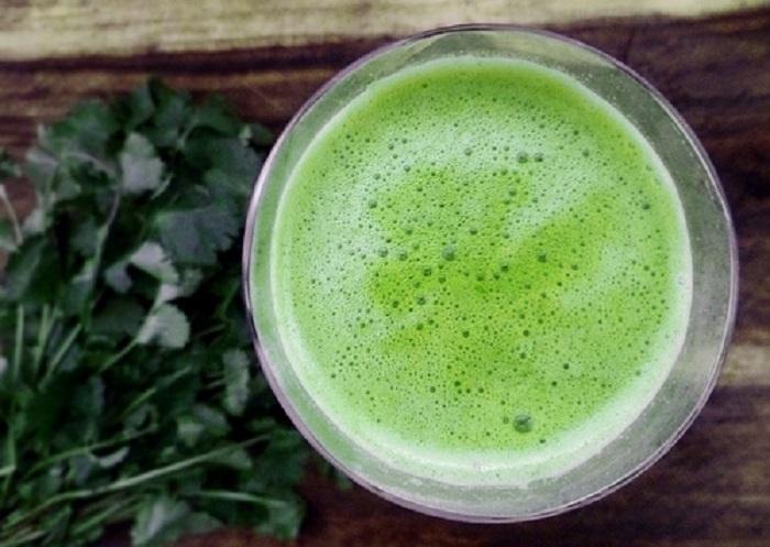 un batido delicioso de cilantro