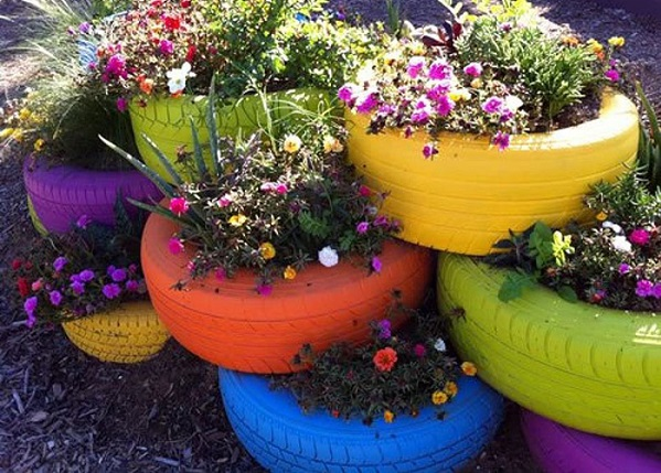 reciclado de neumáticos jardinera de colores