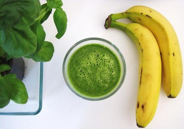 Batido de Banana con Albahaca