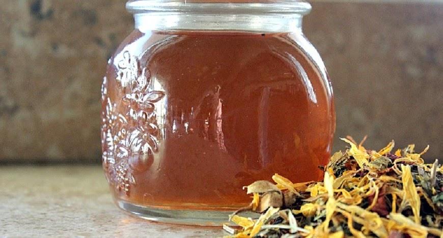 Como hacer tu propio astringente herbal para el rostro for Como hacer tu propio astringente herbal