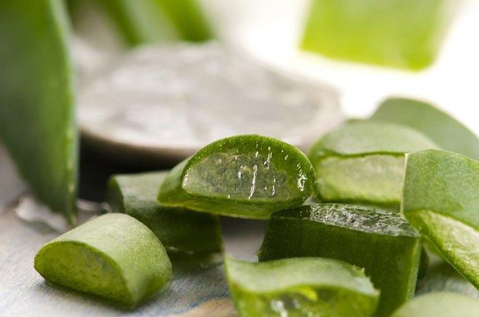 Aloe vera para reducir el ardor, irritación o picazón causada por hongos en las axilas