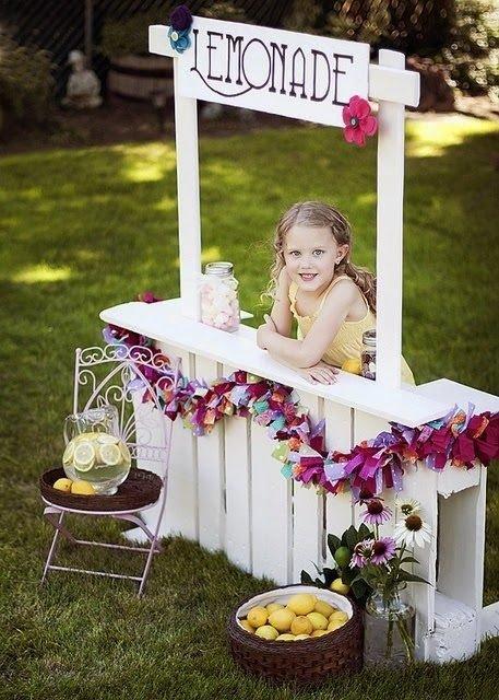 50 ideas de muebles para tu hogar hechas con pallet reciclado for Decoracion jardin maternal