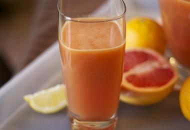 VitaminCJuice2-590x393
