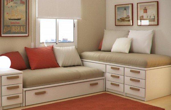 ahorrar espacio en la habitacion con camas a la pared