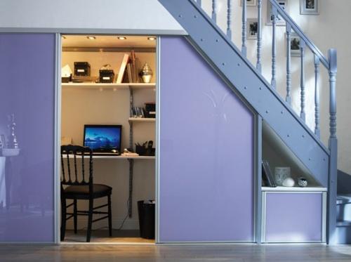 55 ideas de c mo aprovechar y ahorrar espacio en el hogar for Cama bajo escalera