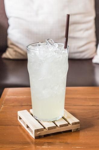 limonada bebida isotónica