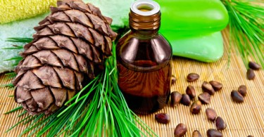 4682137-602408-oil-cedar-with-pine-cones-and-soap