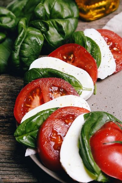 Albhaca Tomate