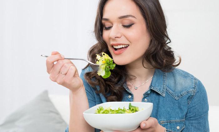 masticar comida ayuda bajar de peso