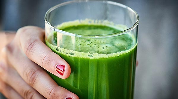 jugo de frutas y verduras nutritivo