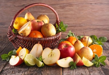 Frutas manzanas peras naranjas