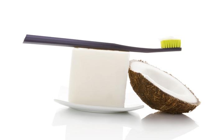 aceite de coco dientes