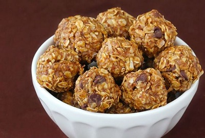 Natural-Energy-Bars-Recipes-No-Bake-Peanut-Butter-Bites