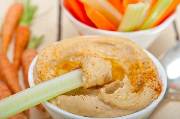 snacks para perder peso hummus