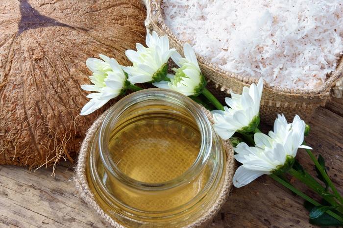 Aceite de coco en productos de belleza