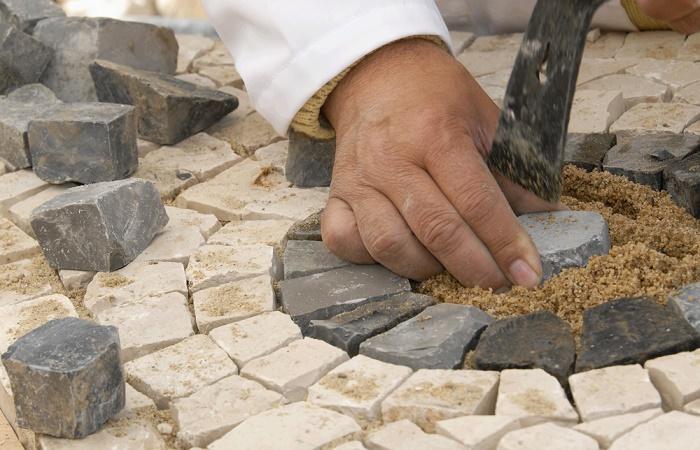 Jardín con piedras colocación