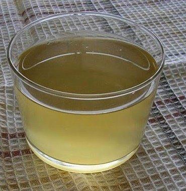 Preparando el agua de berenjenas para reducir la grasa abdominal