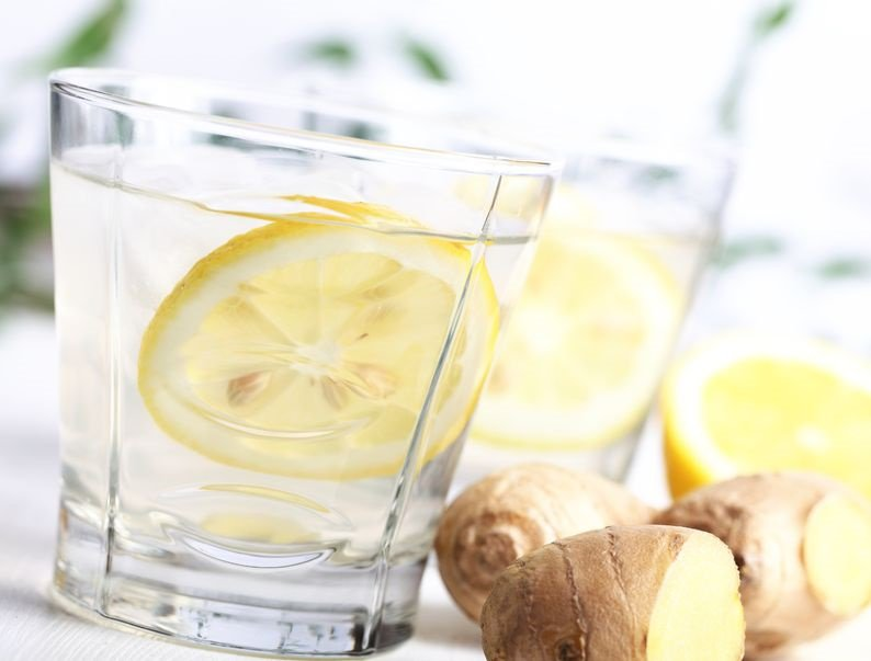 Beneficios del agua de jengibre en dietas reductoras
