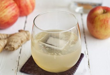 jugo-de-jengibre-beneficios-manzana