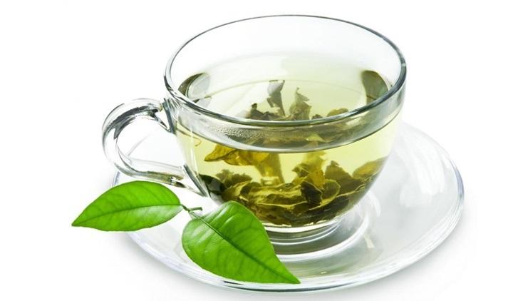 té verde en jugo detox