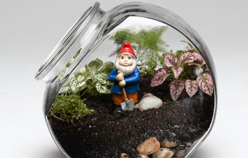 30 ideas para hacer de tus macetas algo m gico for Peceras de jardin