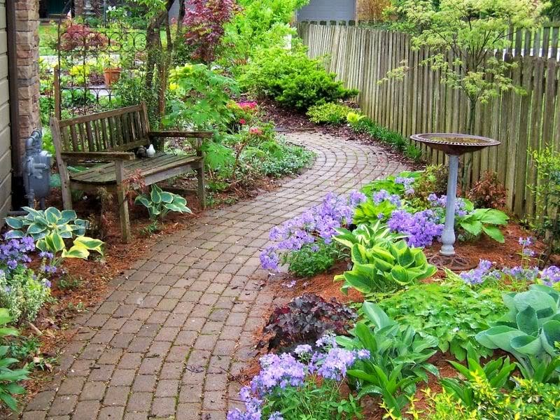 25 ideas de dise os r sticos para decorar el patio for Pisos para patios y jardines
