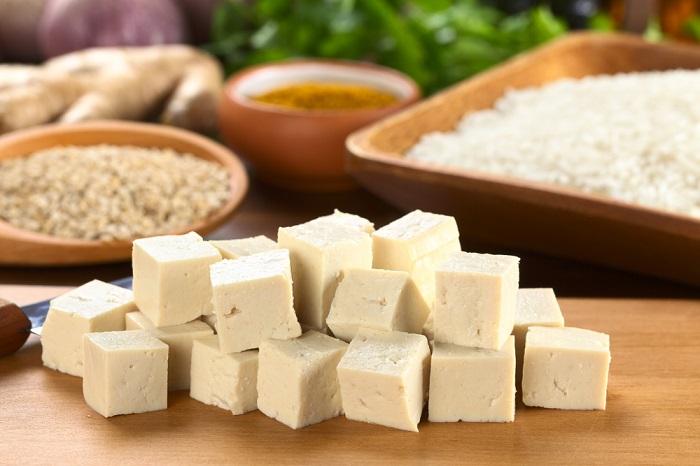 alimentos que aumentan el ácido úrico