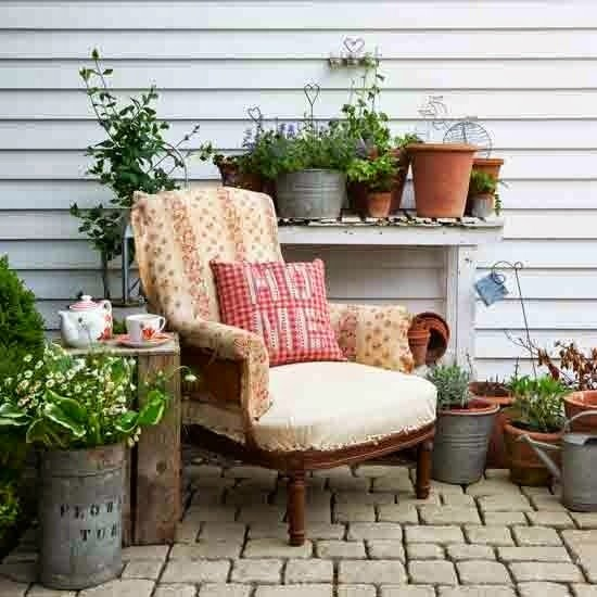 25 ideas de dise os r sticos para decorar el patio for Terrazas acogedoras