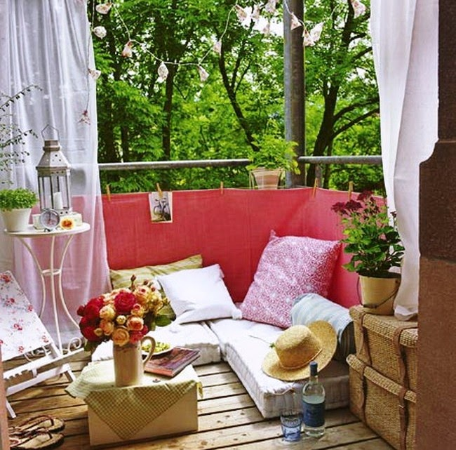30 ideas para decorar el balc n de tu casa for Sillones de balcon