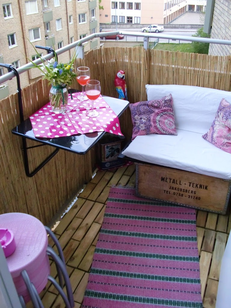 30 ideas para decorar el balc n de tu casa for Tiny balcony ideas
