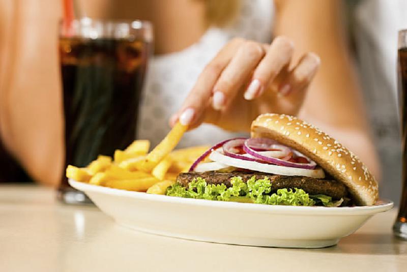 alimentos que dañan el higado