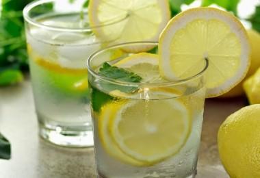 Citroen-water-drinken-gezond