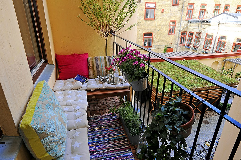 30 ideas para decorar el balc n de tu casa for Decoracion balcon departamento