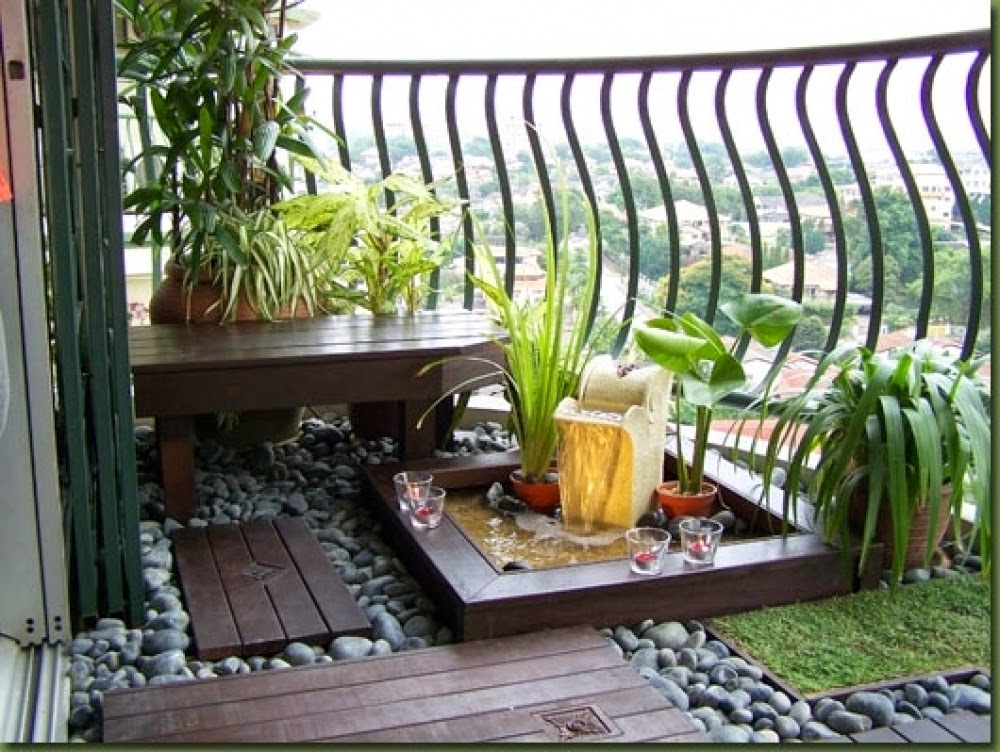 30 ideas para decorar el balc n de tu casa for Idea jardineria terraza balcon