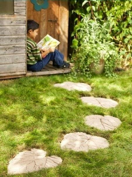 Camino en el jardín exterior