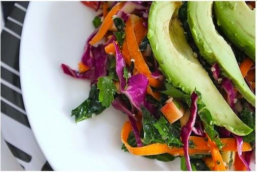 deliciosa ensalada para desintoxicar el hígado