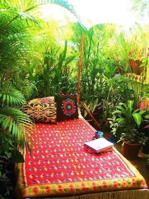 10 trucos para decorar la terraza o balc n - Plantas para terrazas con mucho sol ...