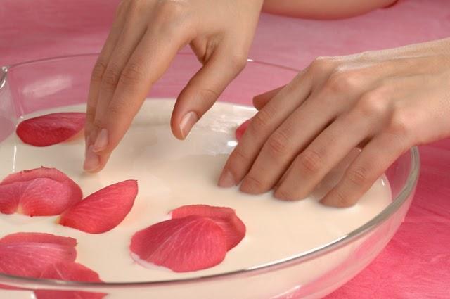 Tratamientos para mantener unas manos jóvenes y sanas