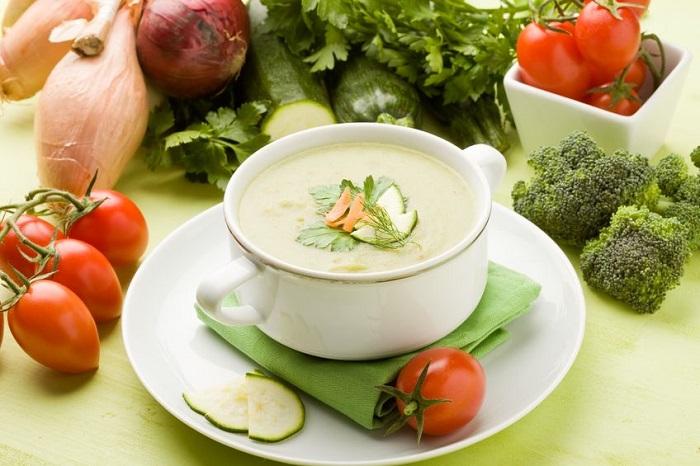 sopa desintoxicante de vegetales