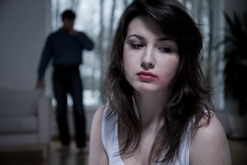 violencia de pareja acoso
